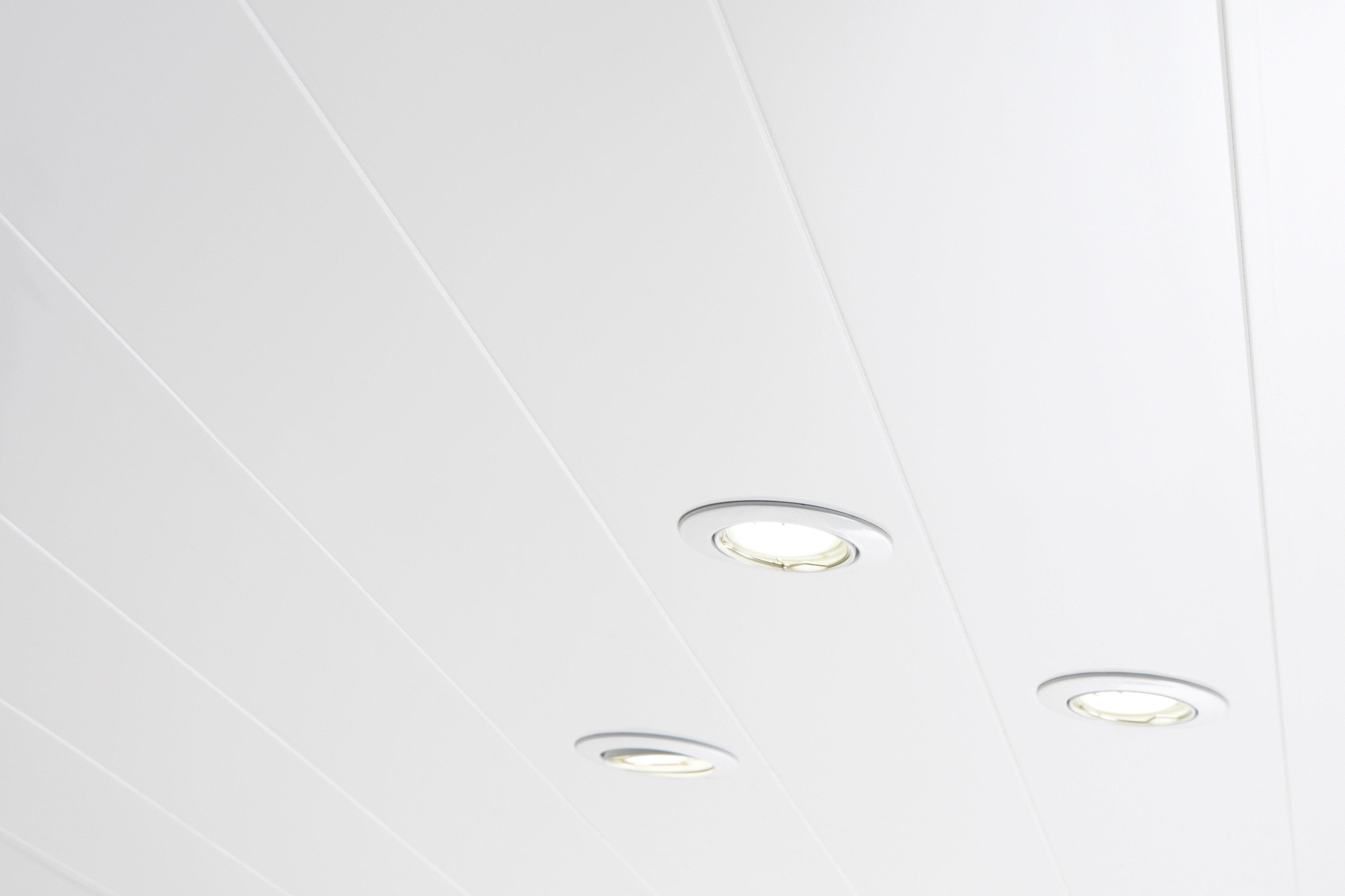 Lambris PVC blanc ARTENS L.17 x l.17 cm x Ep.17 mm