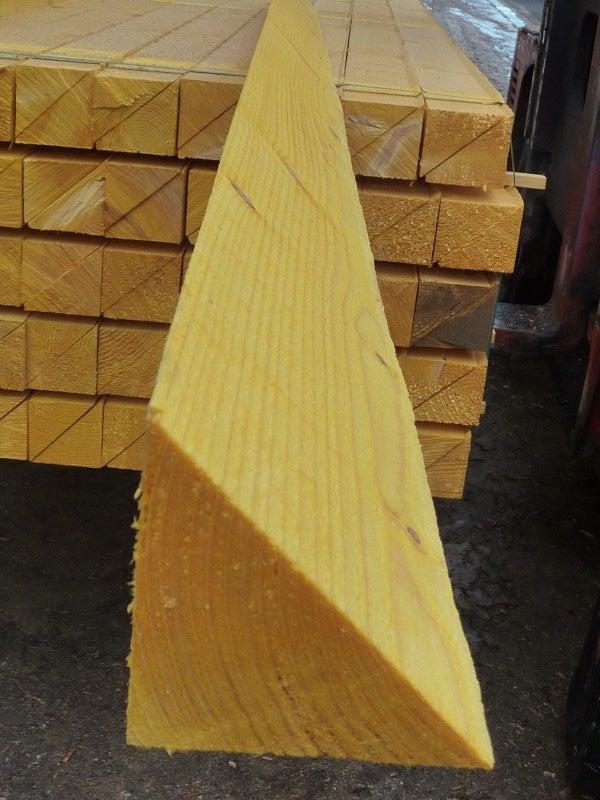 Chanlatte Sapin Epicea Traite 100x100 Mm Longueur 3 M Choix 2 Classe 2 Leroy Merlin