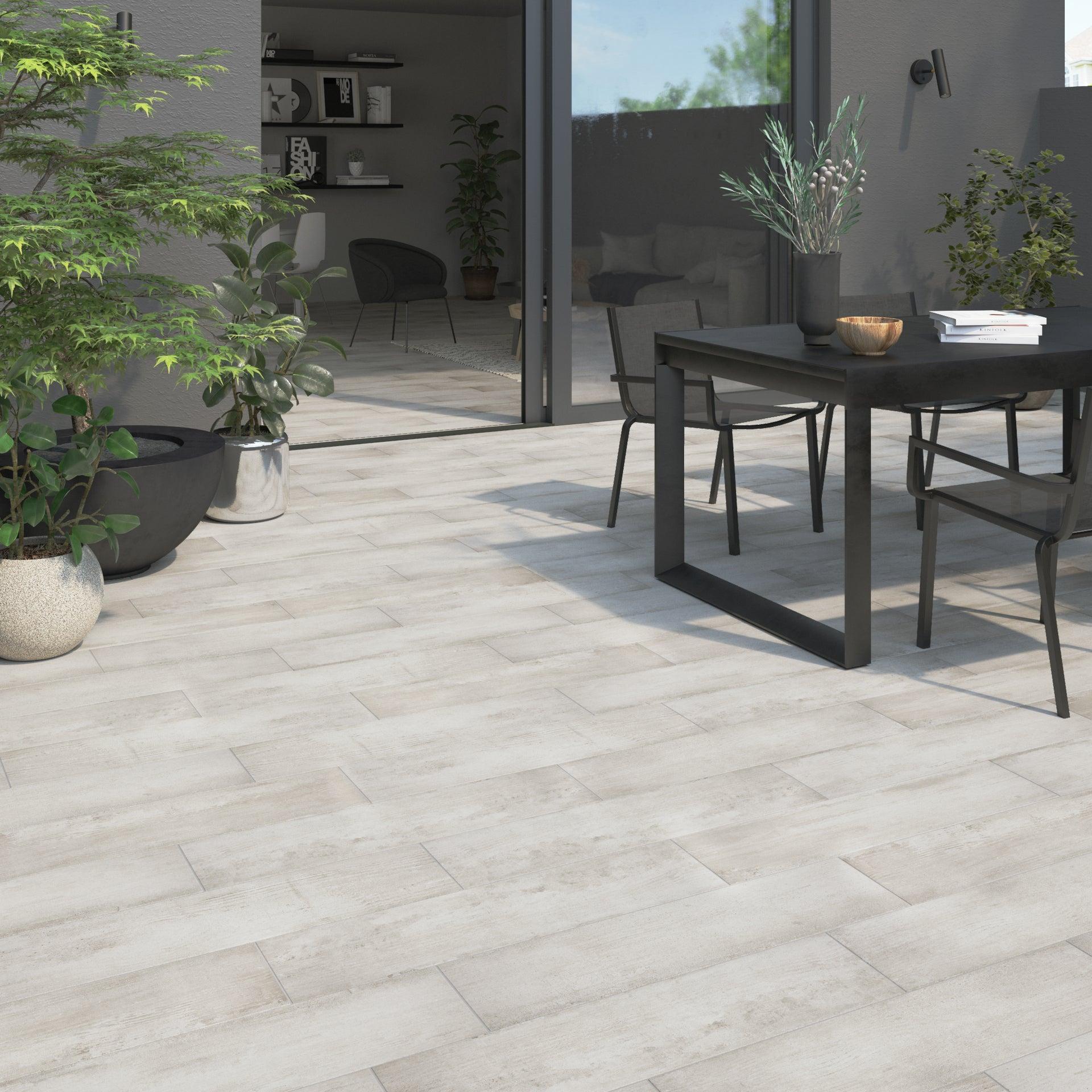 Carrelage sol extérieur forte effet bois gris clair Flow l.20.2 x L.80.2 cm | Leroy Merlin