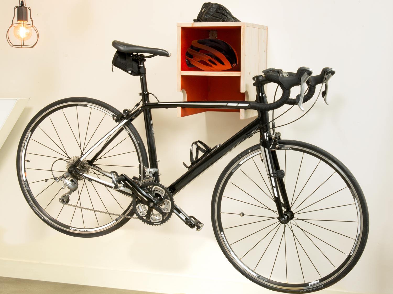 Fixation Pour Velo Garage diy : réaliser un porte-vélo mural en bois | leroy merlin