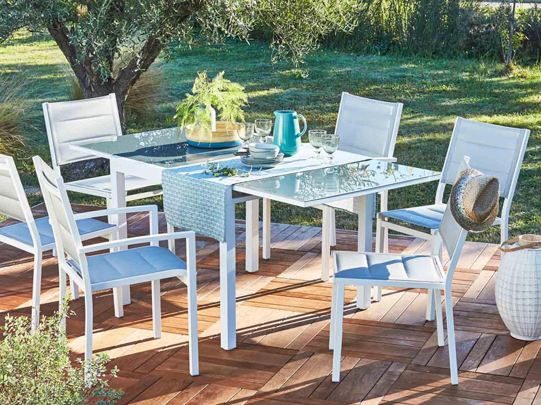Table Pour Balcon Étroit comment choisir sa table de jardin ? | leroy merlin