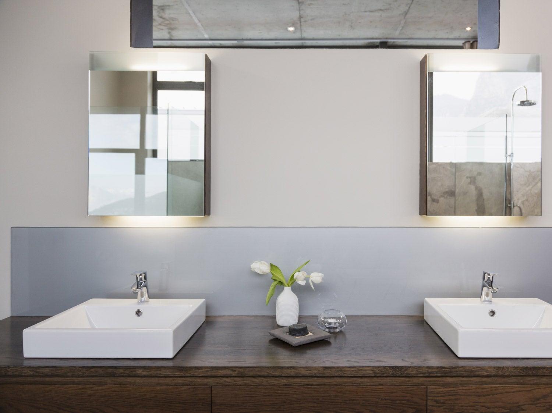 Comment choisir son miroir de salle de bains ?  Leroy Merlin