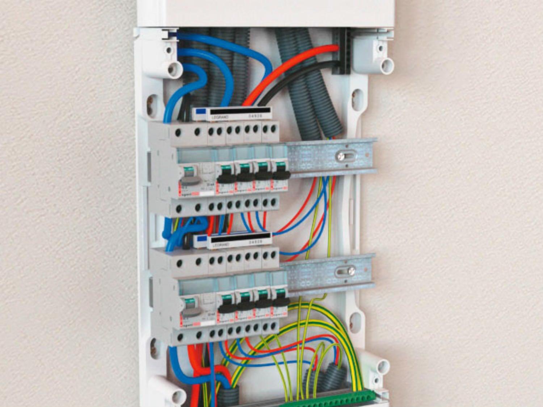 Renovation Electrique Soi Meme comment choisir son tableau électrique et ses composants