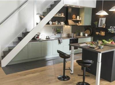 9 Idees Deco Pour Relooker Son Escalier Leroy Merlin