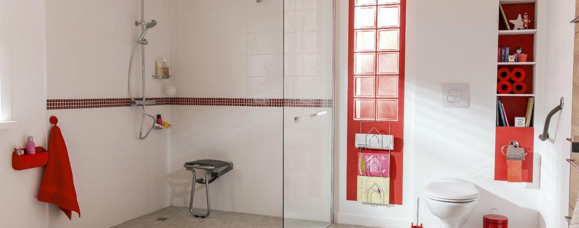 9 conseils pour adapter la salle de bains au handicap ...